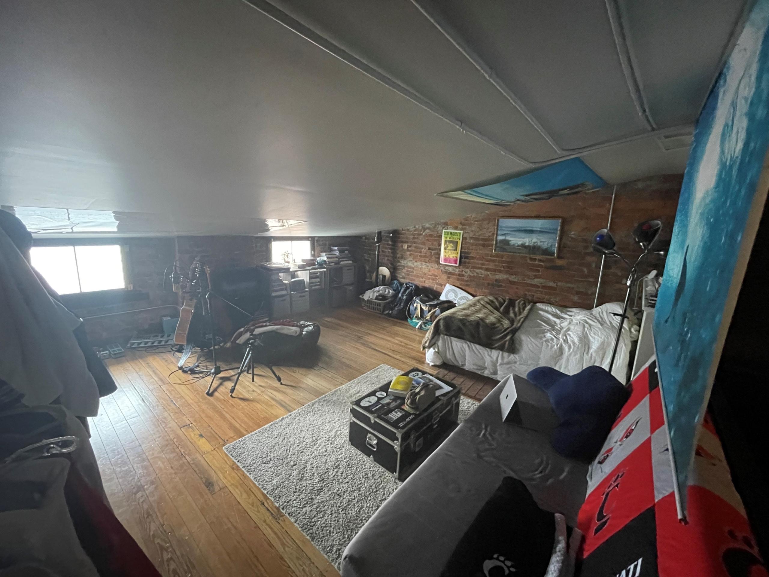 Apartments on rent - 226 W. McMillan - 3